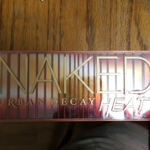 Naked urban decay heat palette